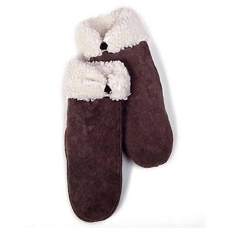 Isotoner - Chocolate sherpa lined suede mitten