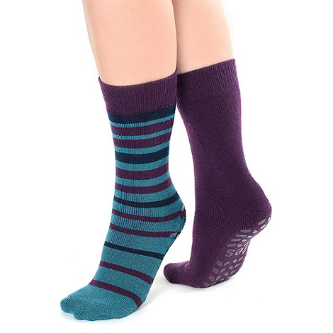 Totes - Twin pack purple stripe and plain original totes toastie slipper socks