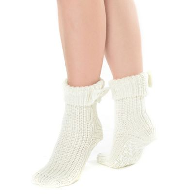 Cream bow cuff ankle socks