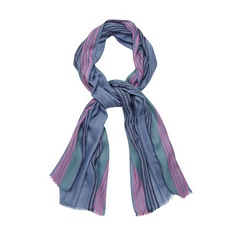 Mantaray - Blue chevron stitched scarf
