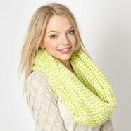 Lime ribbed knitted snood