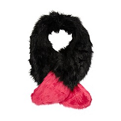 Floozie by Frost French - Bright pink tipped faux fur stole