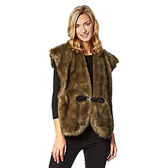 RJR.John Rocha - Designer dark green buckled faux fur stole