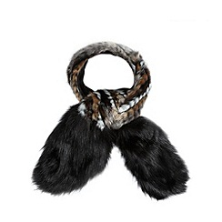 Red Herring - Black marbled faux fur stole