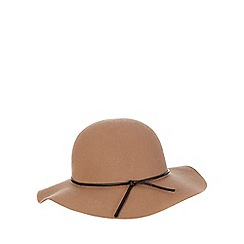 Red Herring - Tan floppy hat
