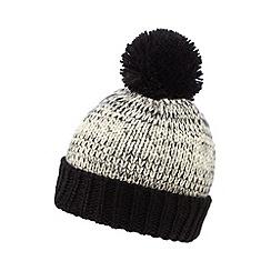 Red Herring - Black knitted beanie