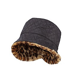 The Collection - Black quilted bucket hat