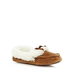 Totes - Suedette moccasin in tan