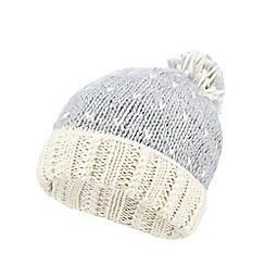 Iris & Edie - Grey sparkly heart knit beanie hat