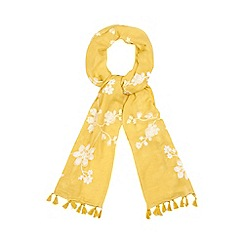 Mantaray - Yellow floral embroidered scarf