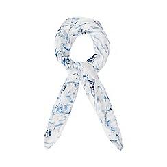 Mantaray - White and blue beach hut print scarf
