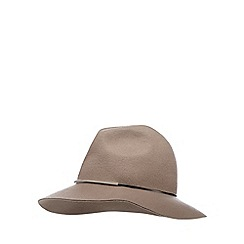 Nine by Savannah Miller - Taupe metal bar fedora
