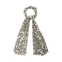 Nine by Savannah Miller - Grey animal print scarf