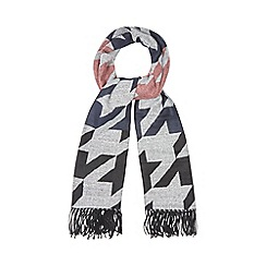 Red Herring - Black and grey dogtooth scarf