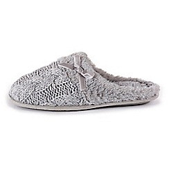 Isotoner - Ladies Grey Cable Knit Mule Slippers