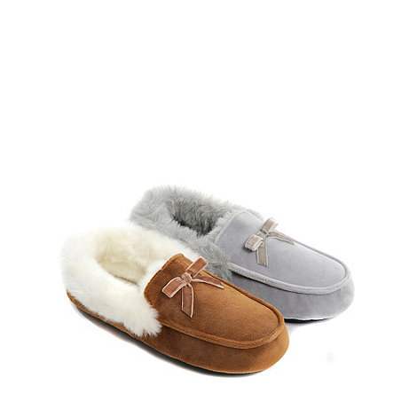 Totes - Tan bow trim moccasin slippers
