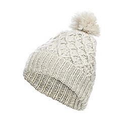 Mantaray - White zig zag pom pom hat