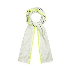 Mantaray - Grey border scarf