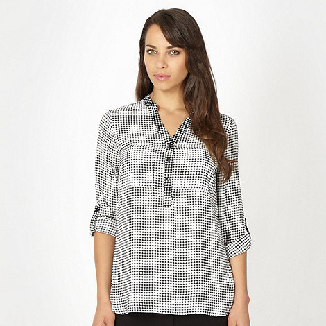 The Collection - Ivory contrasting spot shirt