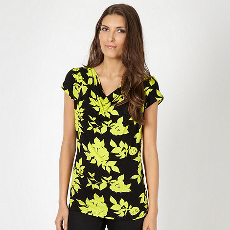 The Collection Petite - Petite lime shadow flower jersey top