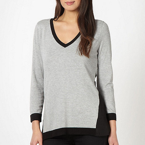 The Collection - Pale grey panel V neck jumper
