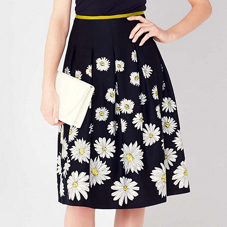 The Collection Petite - Petite Black daisy printed full skirt