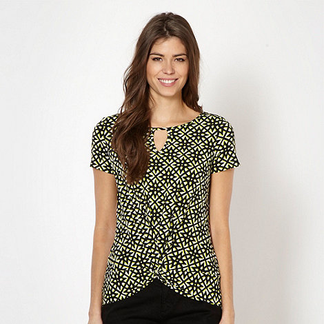 The Collection Petite - Petite lime geometric flower jersey top