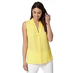 The Collection Petite - Petite yellow V neck crepe top