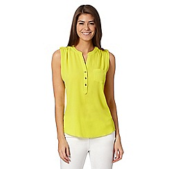 The Collection - Lime chest pocket top