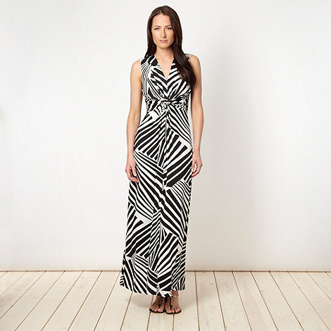 The Collection Petite - Petite black zig zag striped maxi dress