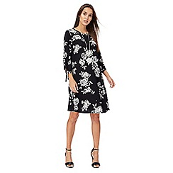 The Collection - Black floral print 3/4 sleeves mini length tunic dress