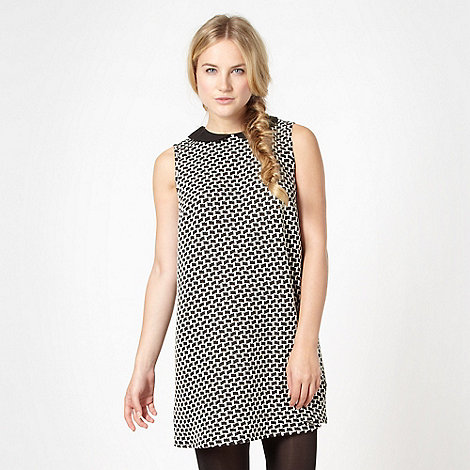 H! by Henry Holland - Designer black geometric tunic