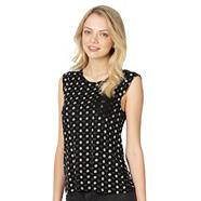 Designer black spot daisy heart top