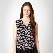 Black 'Winter Daisy' top