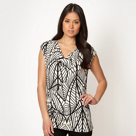 Principles by Ben de Lisi - Designer black graphic leaf cowl top