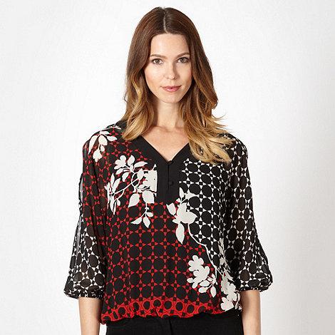 Principles Petite by Ben de Lisi - Petite designer red geometric floral chiffon top