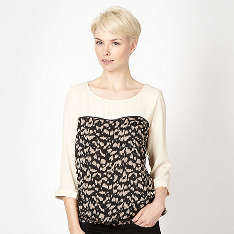 Principles by Ben de Lisi - Designer cream animal print chiffon top