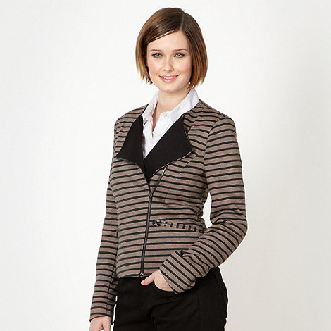 Principles by Ben de Lisi - Designer light brown striped collarless blazer