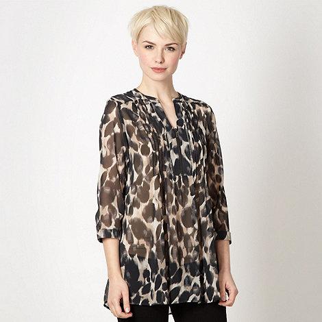 Principles by Ben de Lisi - Designer natural smudged animal shirt