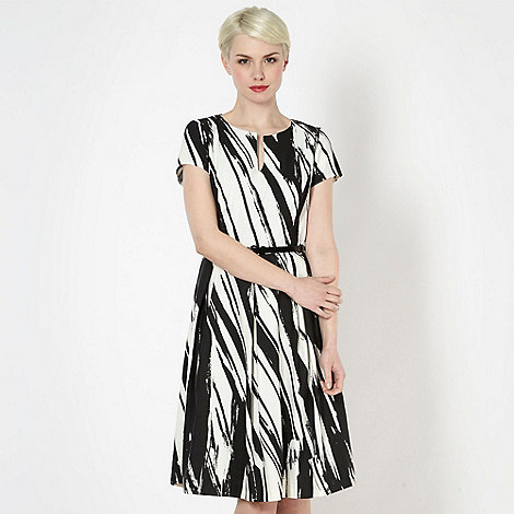 Principles by Ben de Lisi - Designer black abstract striped dress