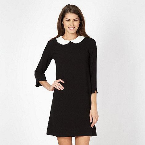Principles Petite by Ben de Lisi - Petite black crepe peter pan collar dress