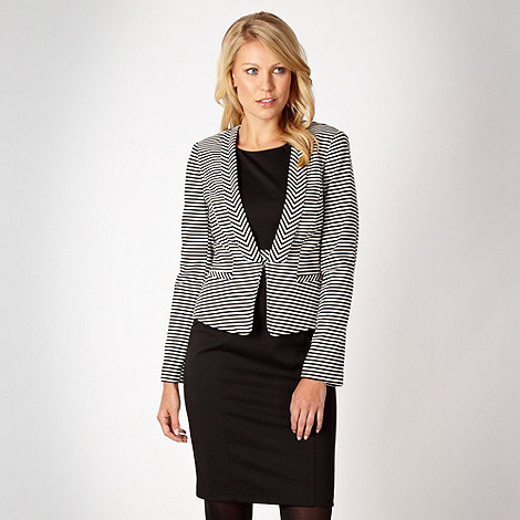 Principles by Ben de Lisi - Black striped ponte blazer