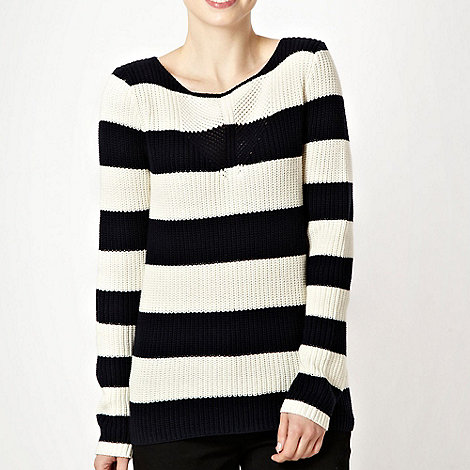 Principles by Ben de Lisi - Navy chunky knitted jumper