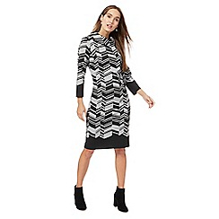 Principles by Ben de Lisi - Black zig zag print cowl neck knee length shift dress