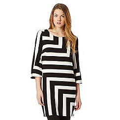 Principles by Ben de Lisi - Designer black placement striped tunic