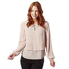 Principles by Ben de Lisi - Designer light pink double scalloped collar top