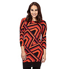 Principles Petite by Ben de Lisi - Red retro geometric tunic