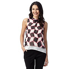 Principles Petite by Ben de Lisi - Designer bright pink diamond top