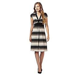 Principles by Ben de Lisi - Dark cream diamond V neck tie back dress