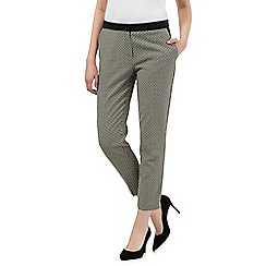 Principles Petite by Ben de Lisi - Black geometric tapered trousers